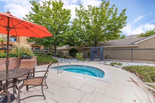 Cierra Crest Apartments - Heated Pool and Outdoor Patio Area