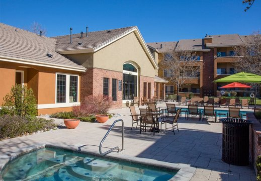 Cierra Crest Apartments - Two Seasonal Heated Pools